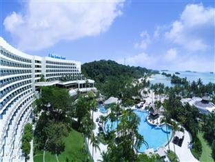 Shangri-La's Rasa Sentosa Resort - Main Photo