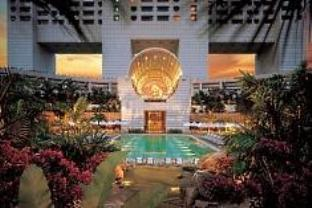 The Ritz Carlton Millenia Singapore - Main Photo