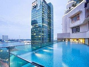 Ascott raffles place serviced residence for Raffles hotel singapore swimming pool