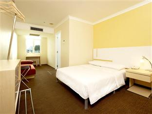 Double Plus Room: With Wifi and Breakfast